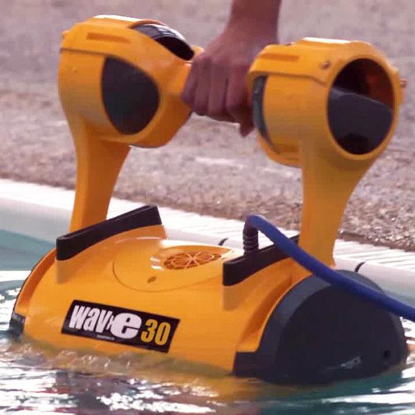 Робот за басейни DOLPHIN WAVE 30 за до 15м
