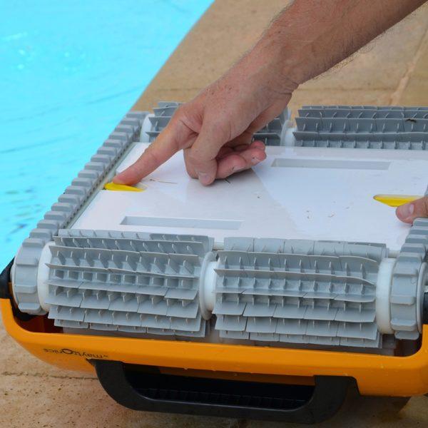Робот за басейни DOLPHIN W 20